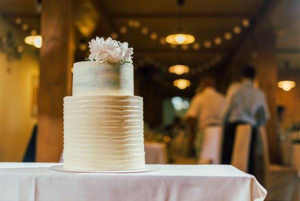 SVadobná torta na hostine