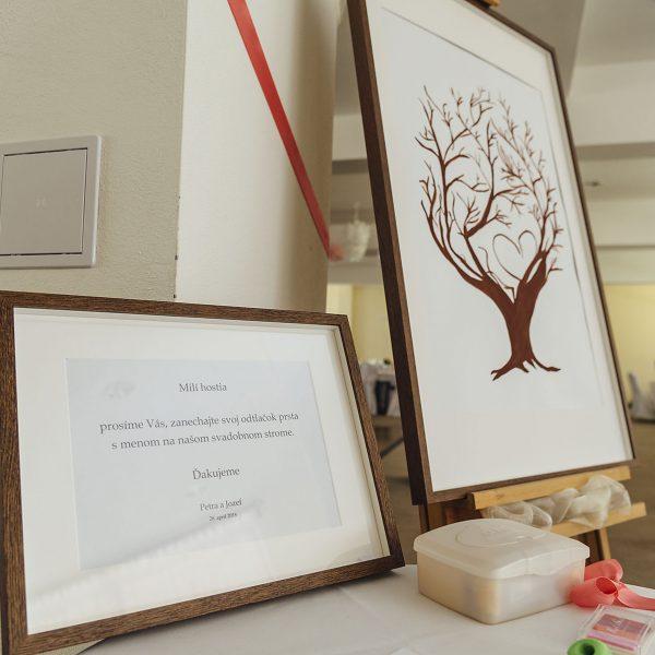 Strom svadobnych hosti